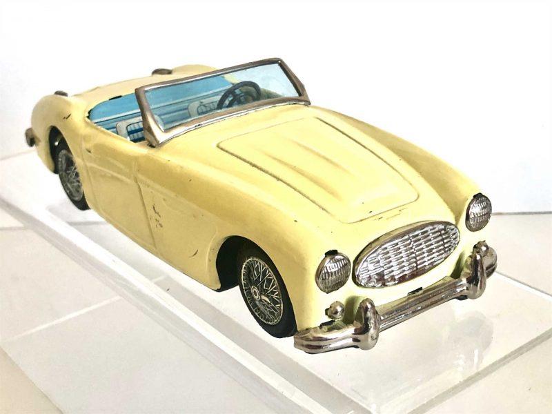 Bandai Austin Healey 100/6 3000 Sportscar
